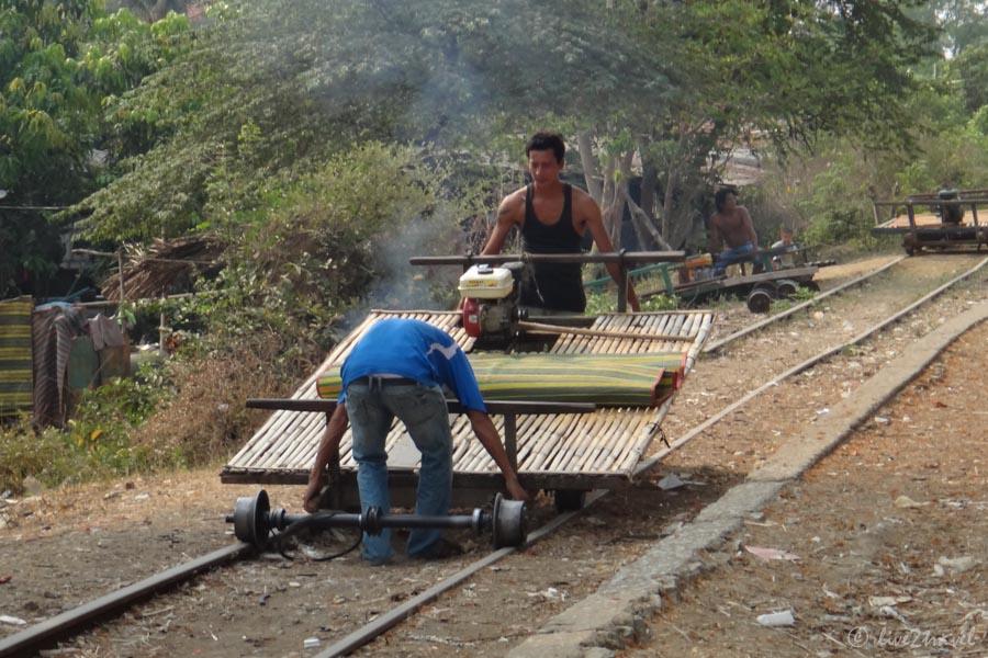 Unser Zug Wird Für Die Rückfahrt Gewendet